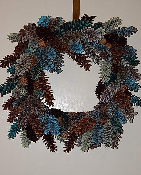 Summer Wreath - Sea Glass Color Pinecone - Product Image