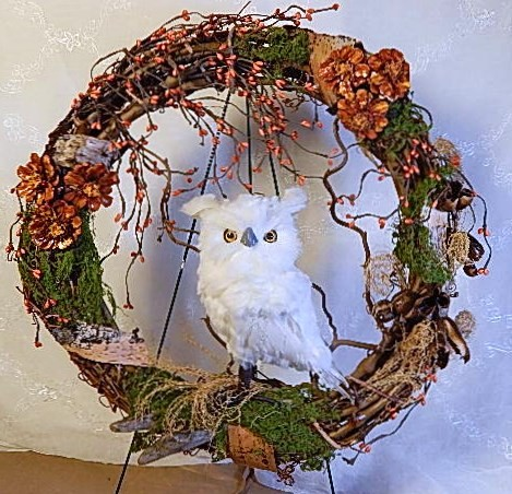 Fall Wreath - Grapevine with Owl - Product Image