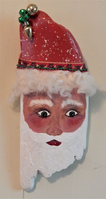 driftwood_santa_10_inches_snow_covered_hat_120