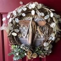 Driftwood Angel Wreath - Product Image